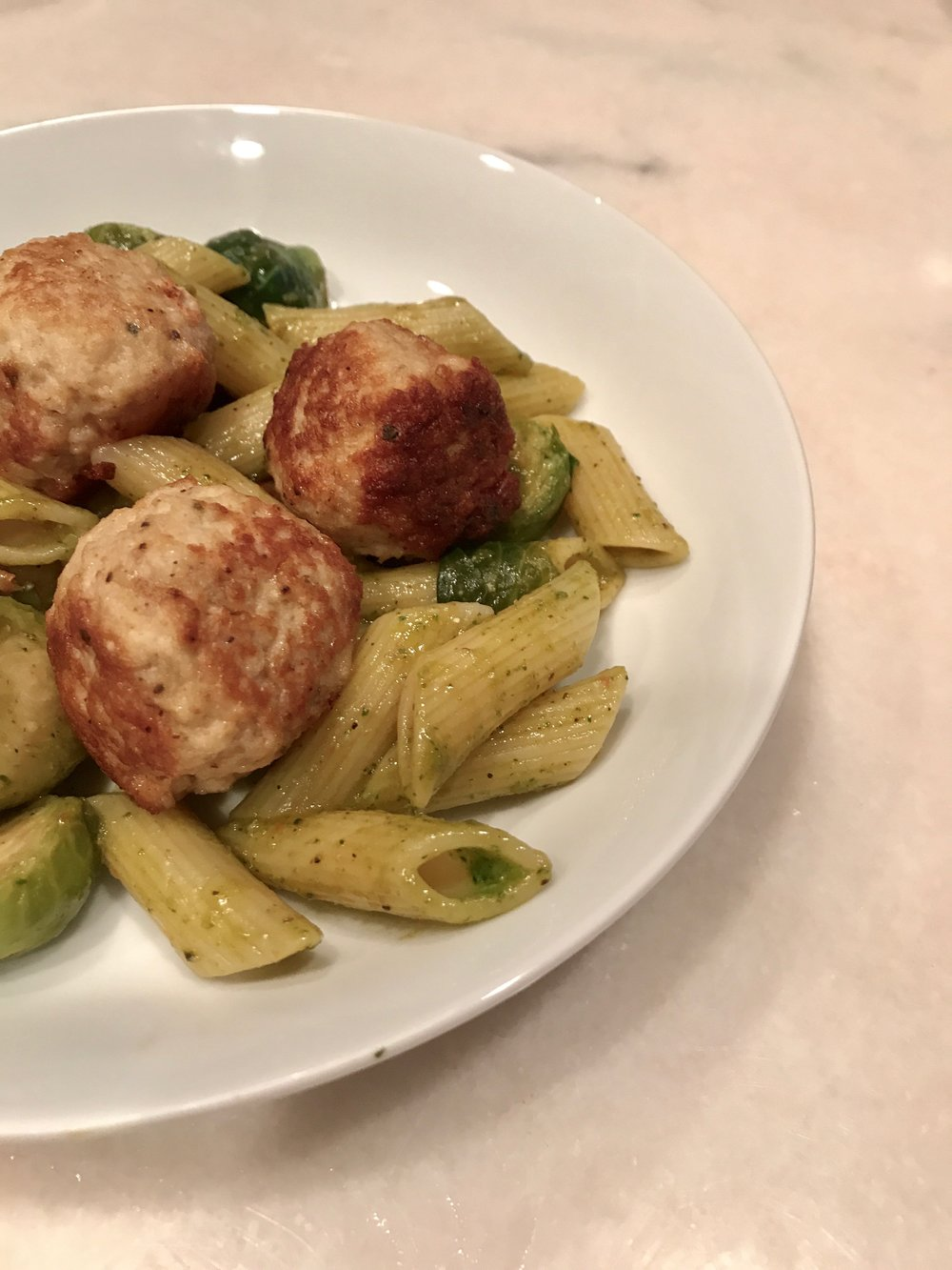 Quick & Easy Week Night Dinner - Homemade Turkey Meatballs, Casey Bonano RD LD, Dallas Nutritional Counseling #dallasnutritionalcounseling #balancedeating #homecooking #quickrecipes #easyrecipe #weeknightrecipe #carbfatpro #quickeasyrecipe #balancedeating #intuitiveeating