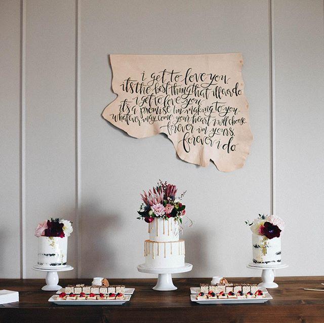 These @flowerchildchs desserts 😍 #pattonherdowntheaisle