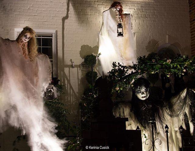 Some very creepy ladies starting to hang around Old Town! #halloween #extraordinaryalx #creepy #halloween17