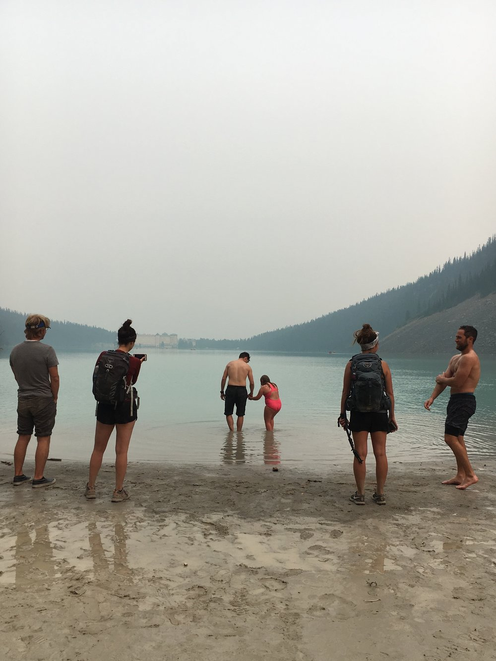crowd swim lake louise.jpg