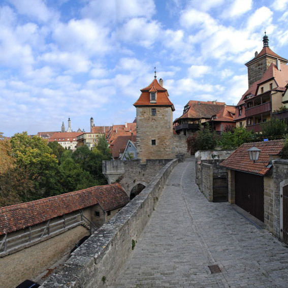 rothenburg_an_der_mauer_03.jpg