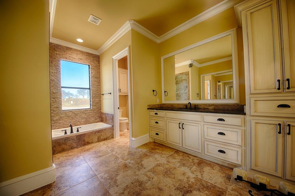 10 Master Bath 1.jpg