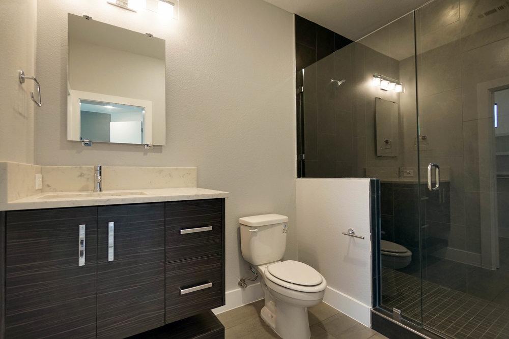 28 Bath 2.jpg