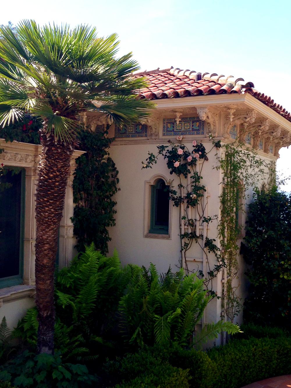 Siamo La Luce Romantic Classic homes 1.jpg