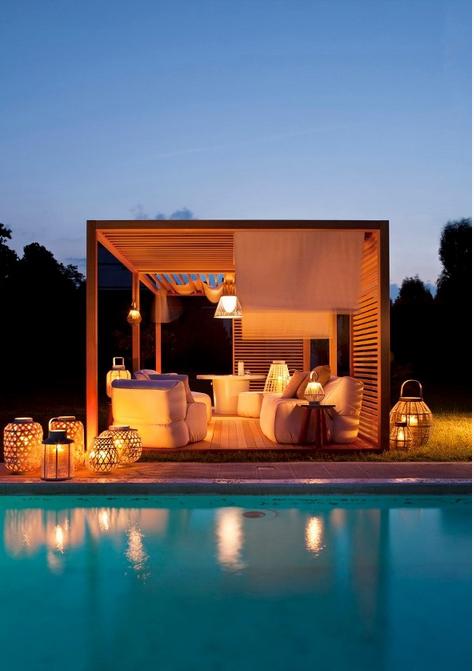 Siamo La Luce Zen pool house.jpg