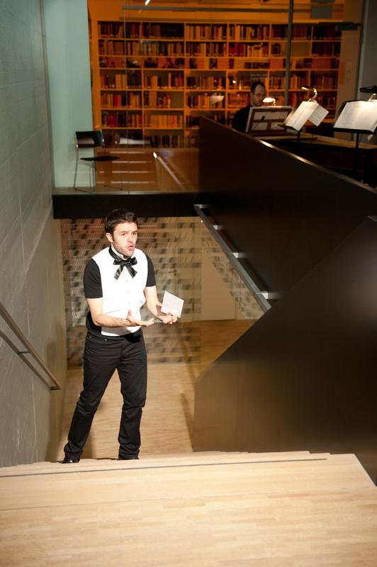 """Opera Project """"Klangwandeln"""" - As Gildo, scene from Penelope la Casta by A. Scarlattii - Regie: Manfred Weiss - Schola Cantorum Basiliensis 2011 - Foto by: Susanna Drescher"""