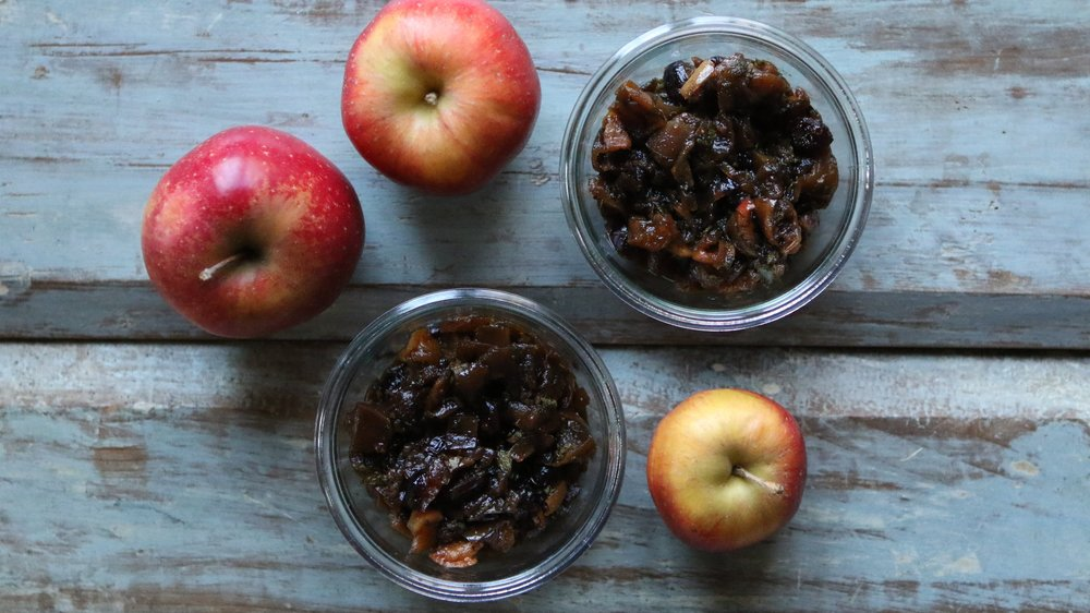 Cooking with apples - Roasted Apple Chutney