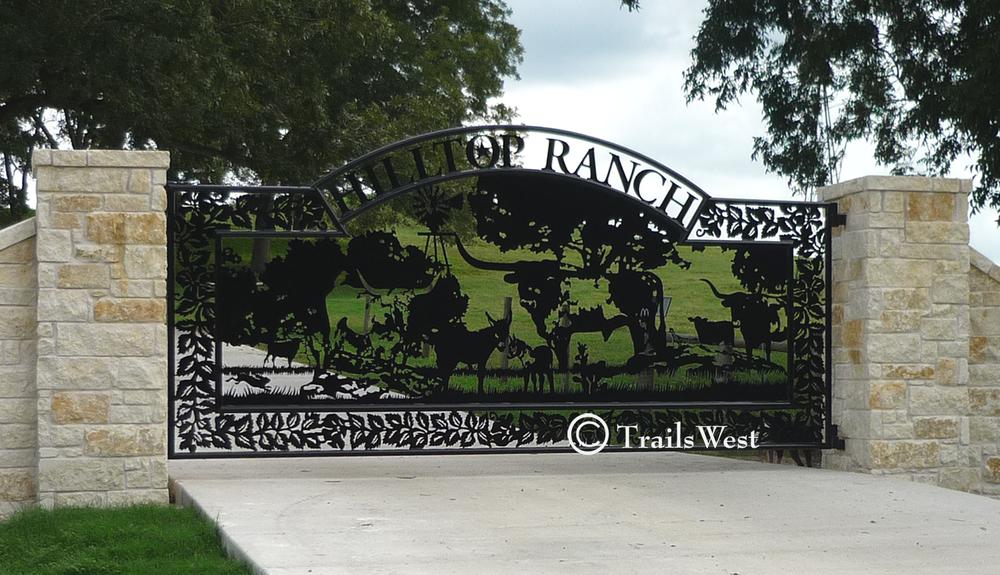 Hilltop Ranch 6' X 16'