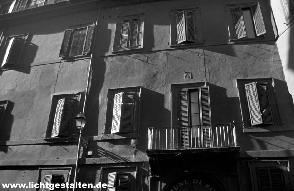 Rome_Italy_House_Rendering_Plaster_Sun.jpg