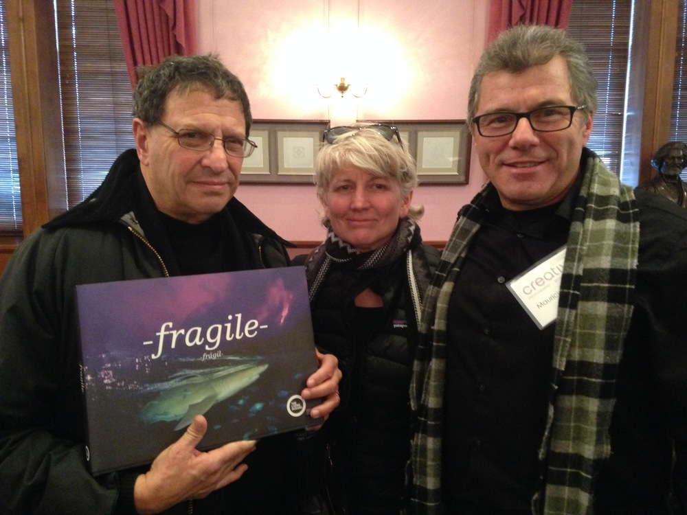 David Doubilet, Jennifer Hayes and Mauricio Handler with Fragile!