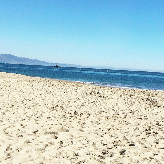 Perfect day in Santa Barbara. 🌴⛵️#beachlife #blueskies