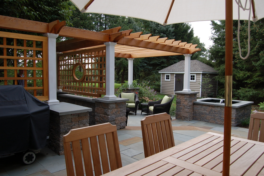Outdoor dining patio under a pergola, Lititz, PA