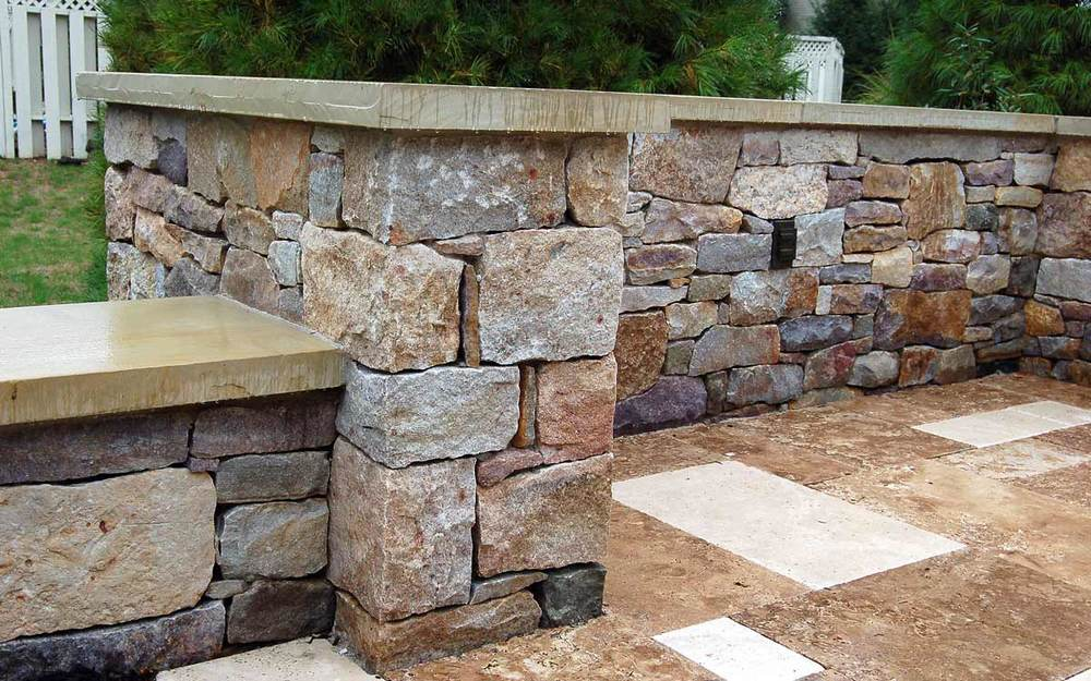 Granite retaining walls in Landisville, Pa