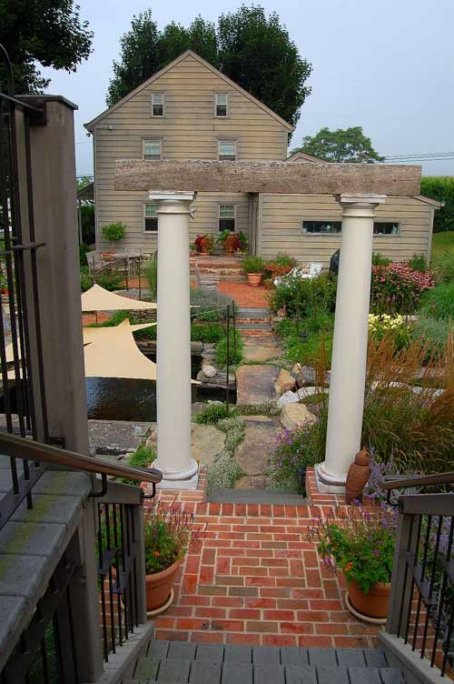 Doric columns with barnwood beam