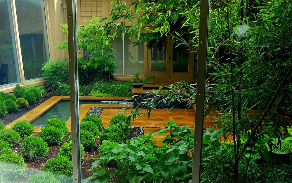 Intimate garden design in Camp Hill, PA