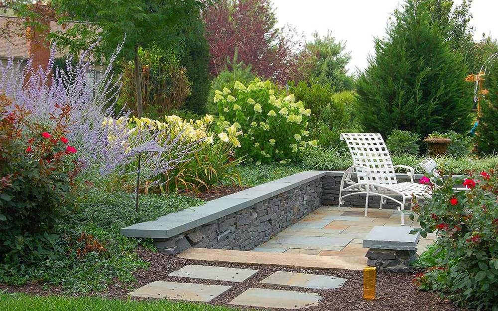 Flagstone patio and stone walls Lititz, PA