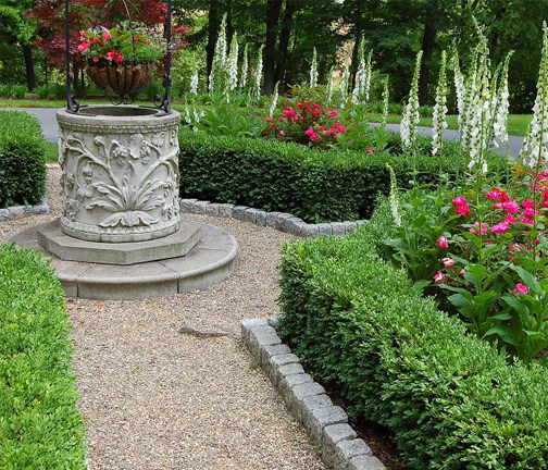 Traditional Garden Design with pea stone and boxwood