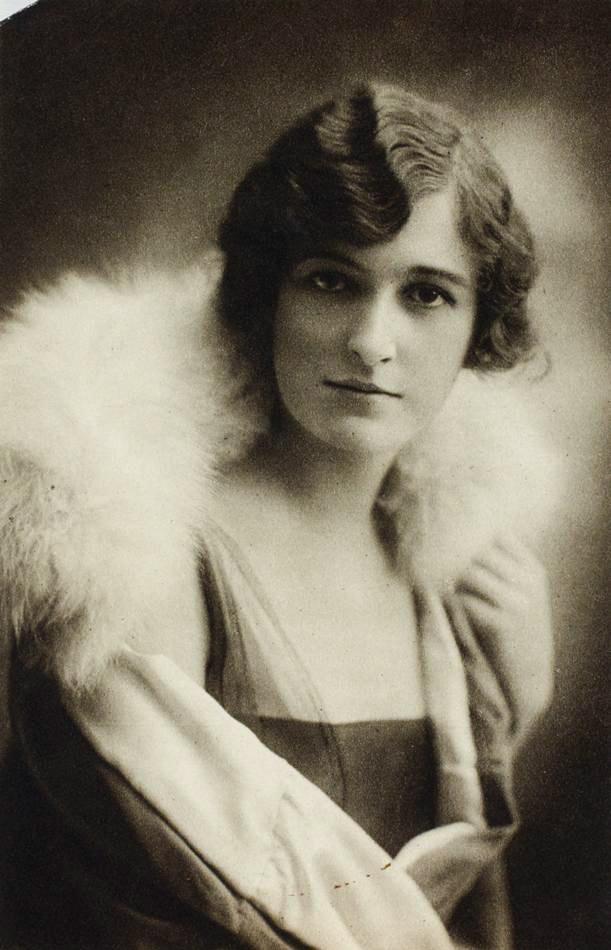 Female Portrait, Victoria, circa 1910s