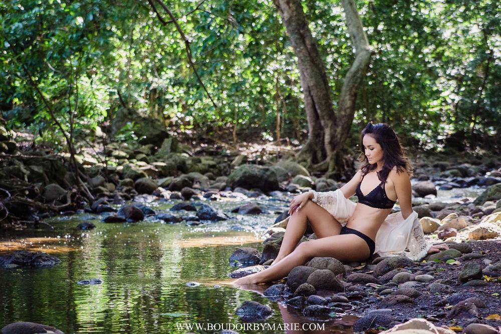 BoudoirbyMarie-MauiHawaiiBoudoir-6.jpg