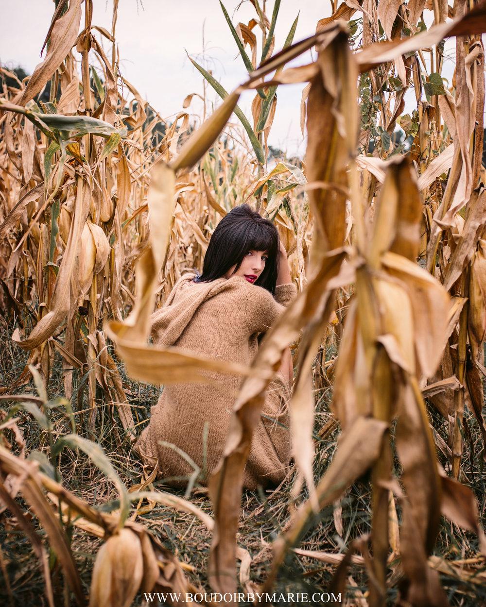 BoudoirbyMarie-AutumnBoudoir-13.jpg