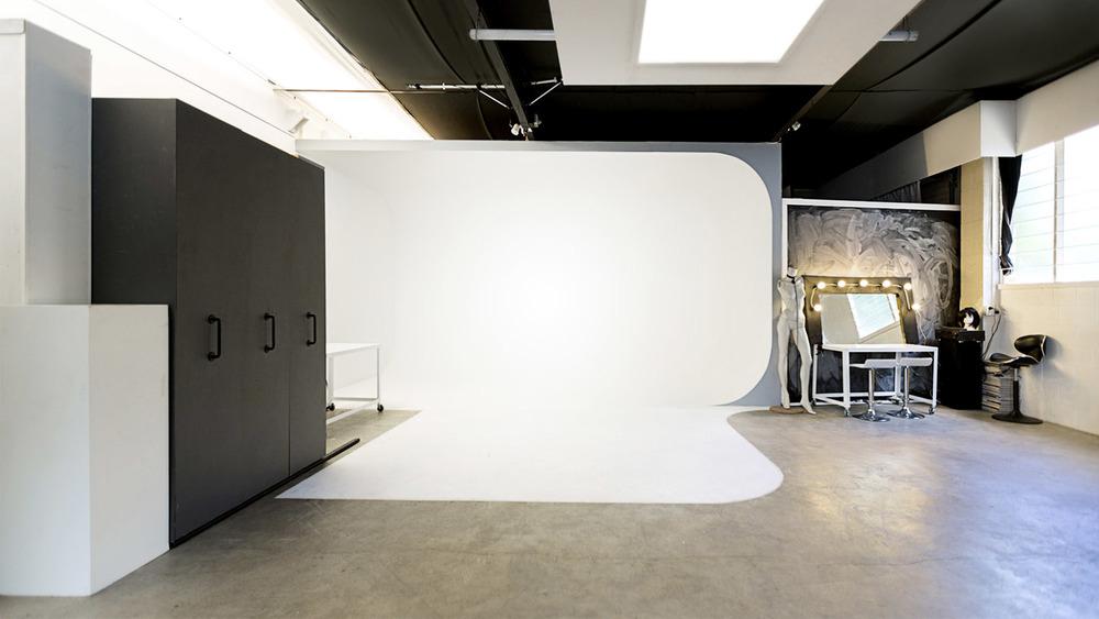 Photography-Studio-Auckland-Smith-Studios.jpg