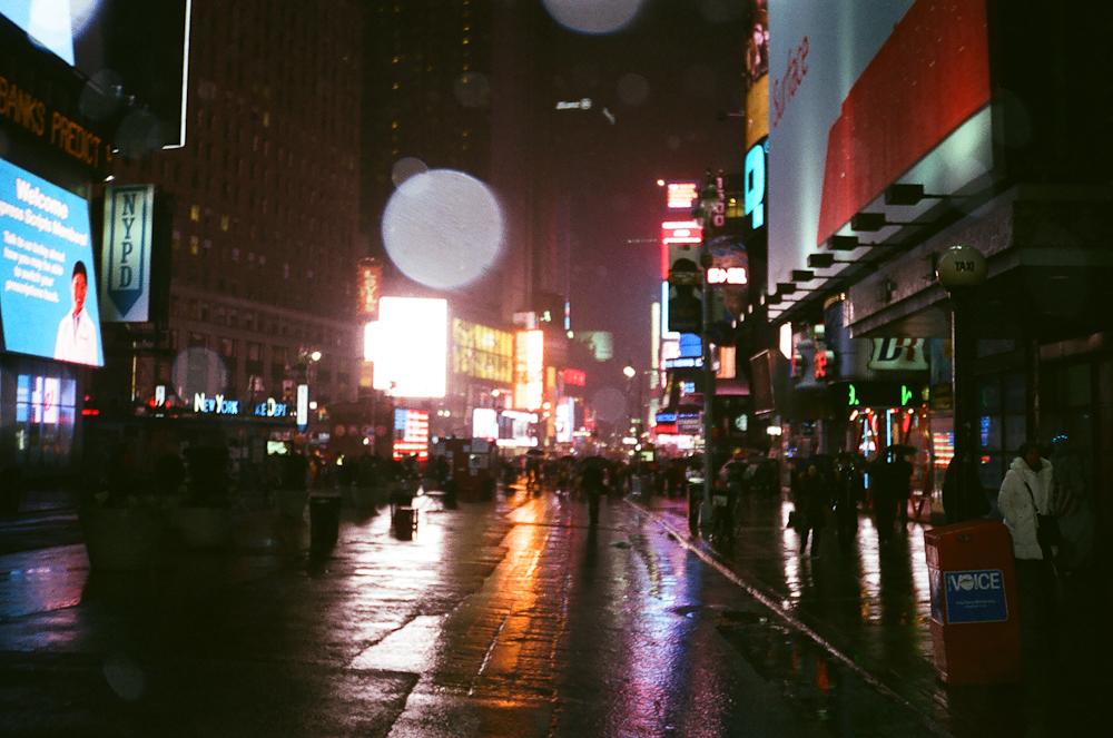 times sq at night -