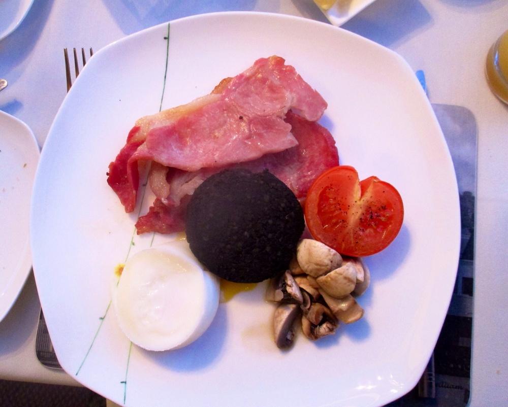 Breakfast, Ardlinnhe Guest House Ft William Scotland