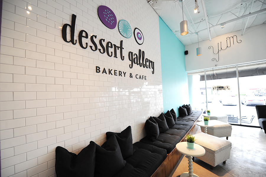 KTOM_Bakery_GraphicDesign_Interior_KellyThompson_DessertGallery_Logowall.jpg