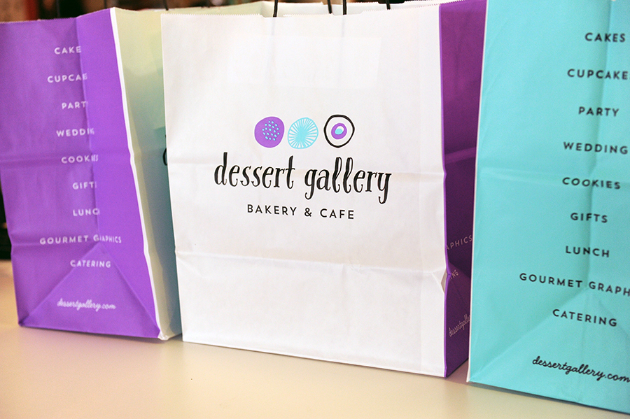 KTOM_Bakery_GraphicDesign_Packaging_KellyThompson_DessertGallery_Bags.jpg