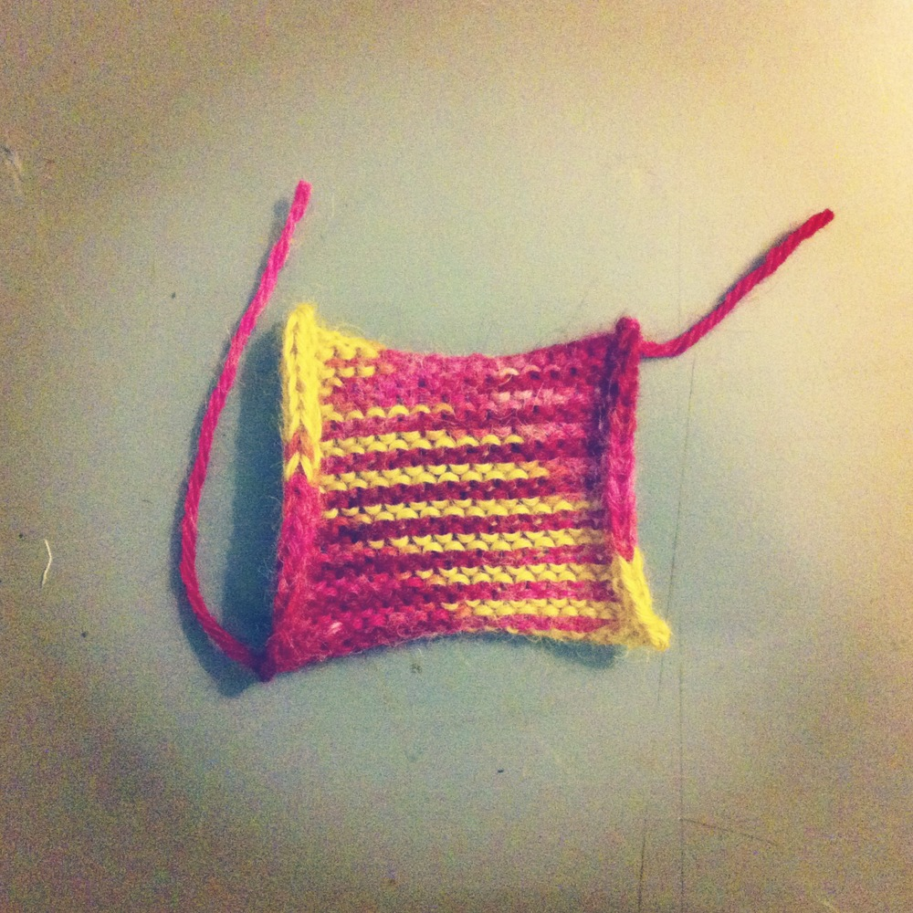 goldenrod & pokeberry dyed alpaca knit swatch