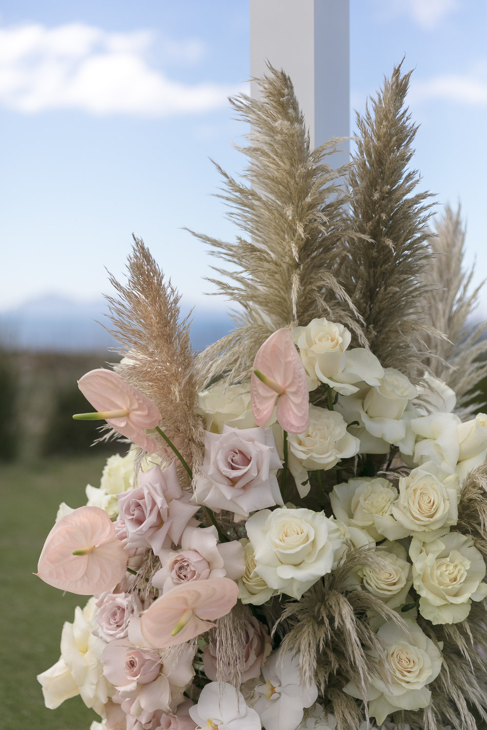 ©MichelleWeir-Blush-TaraIti-Wedding-72dpi-036.jpg