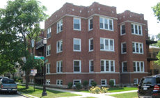 800 W. Brummel: 30-unit multi-family investment sale in Rogers ParkVintage building across the street from park