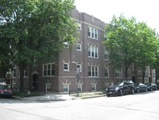 3417 N. Wolcott: 15-unit multi-family investment sale in Roscoe Village, Chicago. Prime location close to RV retail district