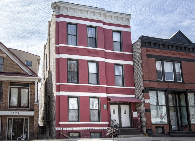 1874 N. Hoyne, Chicago, IL (5 units)