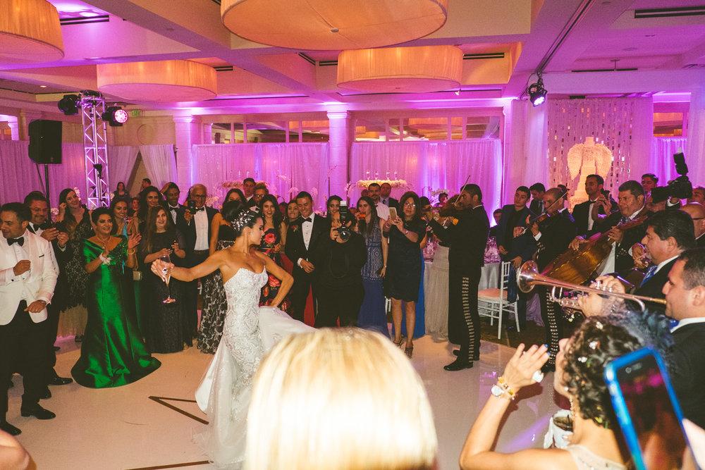 Austin_Wedding_Wknd-1-86.jpg