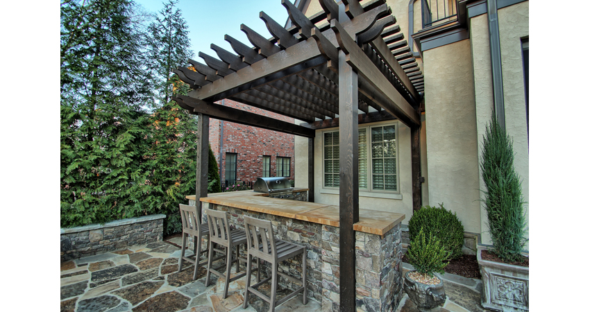 Outdoor-Kitchen-Pergola-Flagstone-Patio-Dry-Stack-Veneer.2.jpg