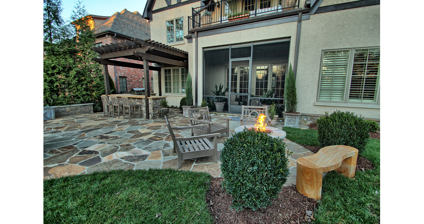 Pergola-Outdoor-Kitchen-Flagstone-Patio-Firepit-Fire-Table-Stepping-Stones.3.jpg