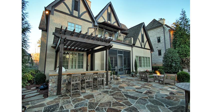 Pergola-Outdoor-Kitchen-Flagstone-Patio-Firepit-Fire-Table-Stepping-Stones.1.jpg.jpg