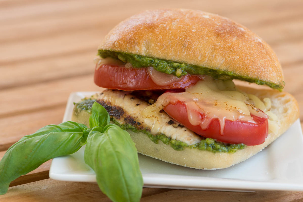 caprese-chicken-sandwich.jpg