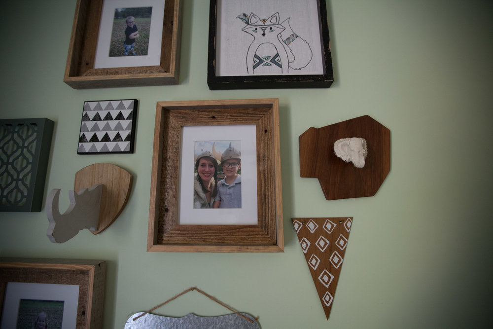 Pallet Wood Picture Frame-1.jpg