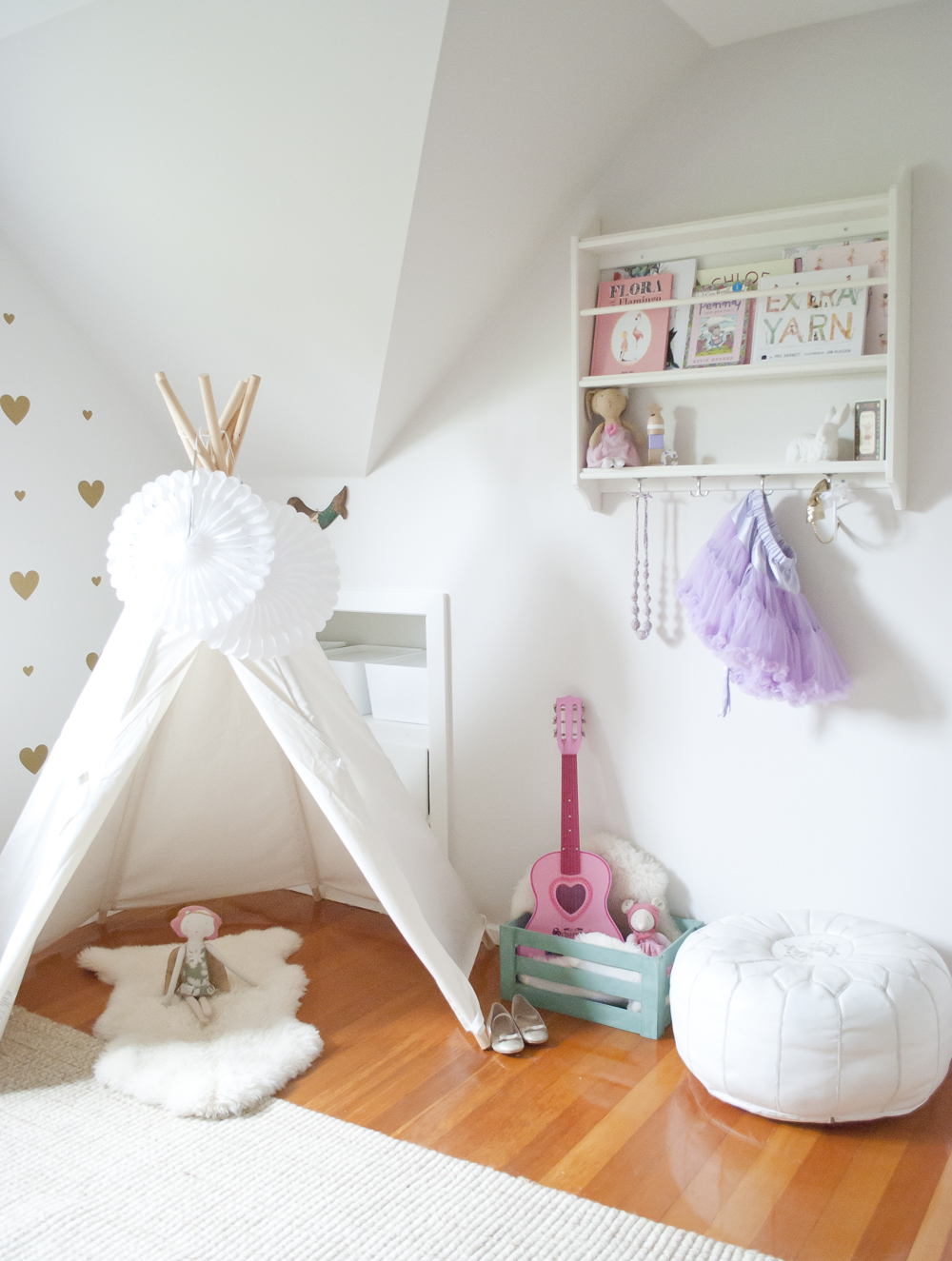 chloe-teepee-girl-room-interior-design-vancouver