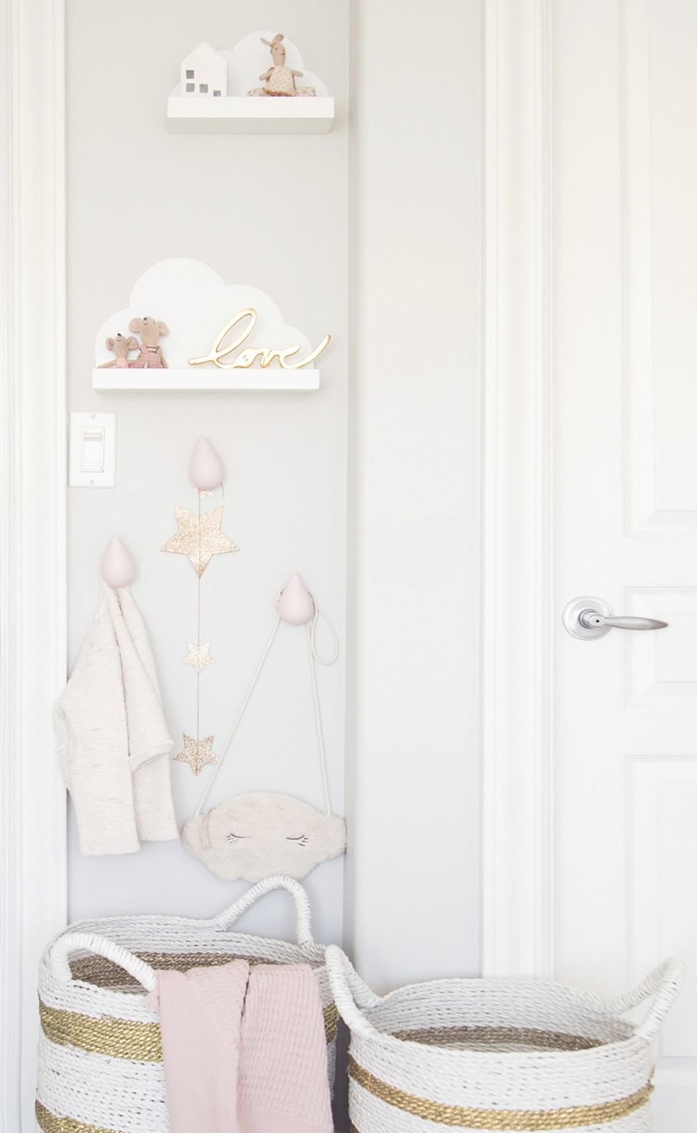 DIY cloud shelves in girl room