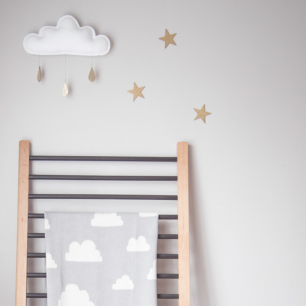 sweet cloud blanket with cloud mobile