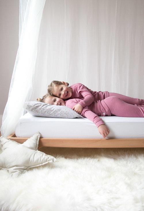 girls in merino wool pajamas from simply merino
