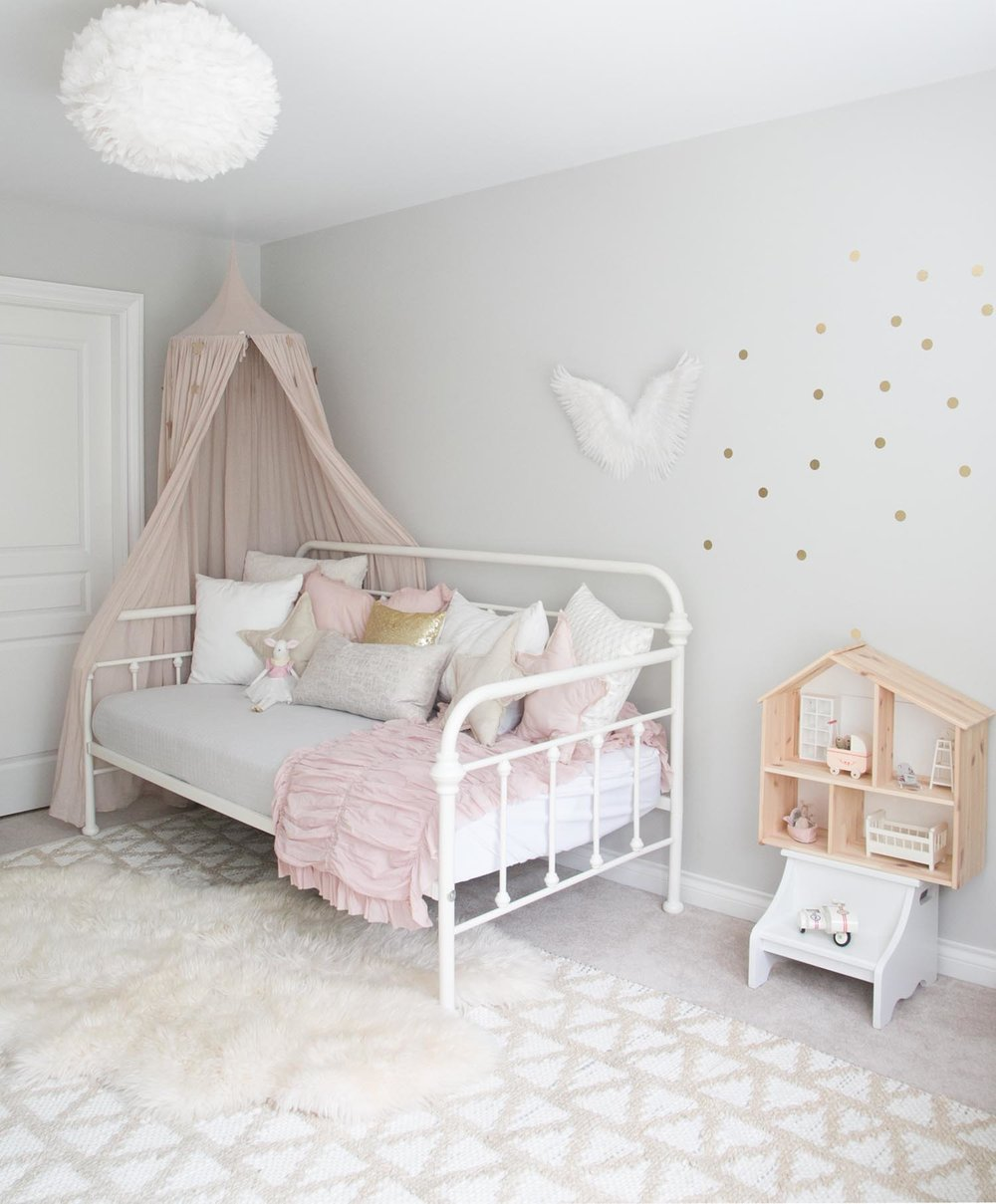 ELLA\'S BIG GIRL ROOM — WINTER DAISY interiors for children