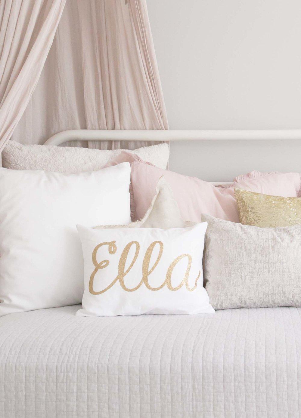 Ella gold sparkle pillow
