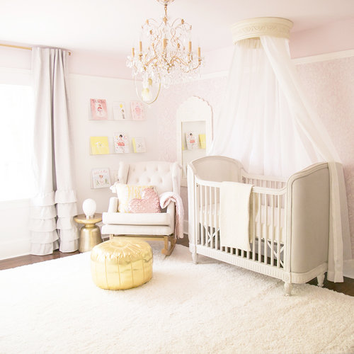 Sep 29 2017 FAVOURITE FINDS Baby Room Crib WINTER DAISY 1 Comment