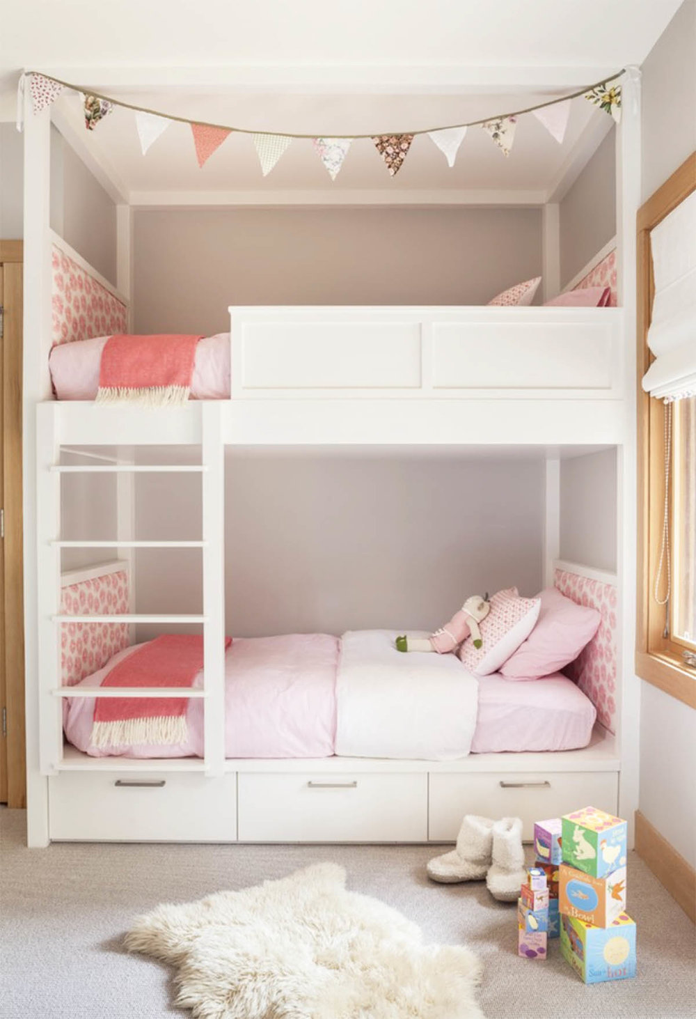 bright and pretty bunk beds