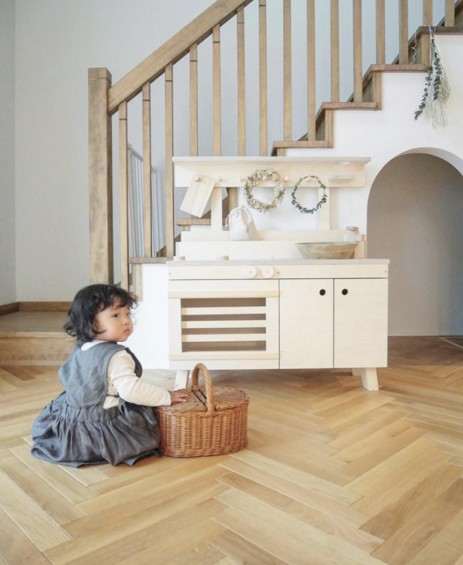 Woodchuk natural wood play kitchen for kids