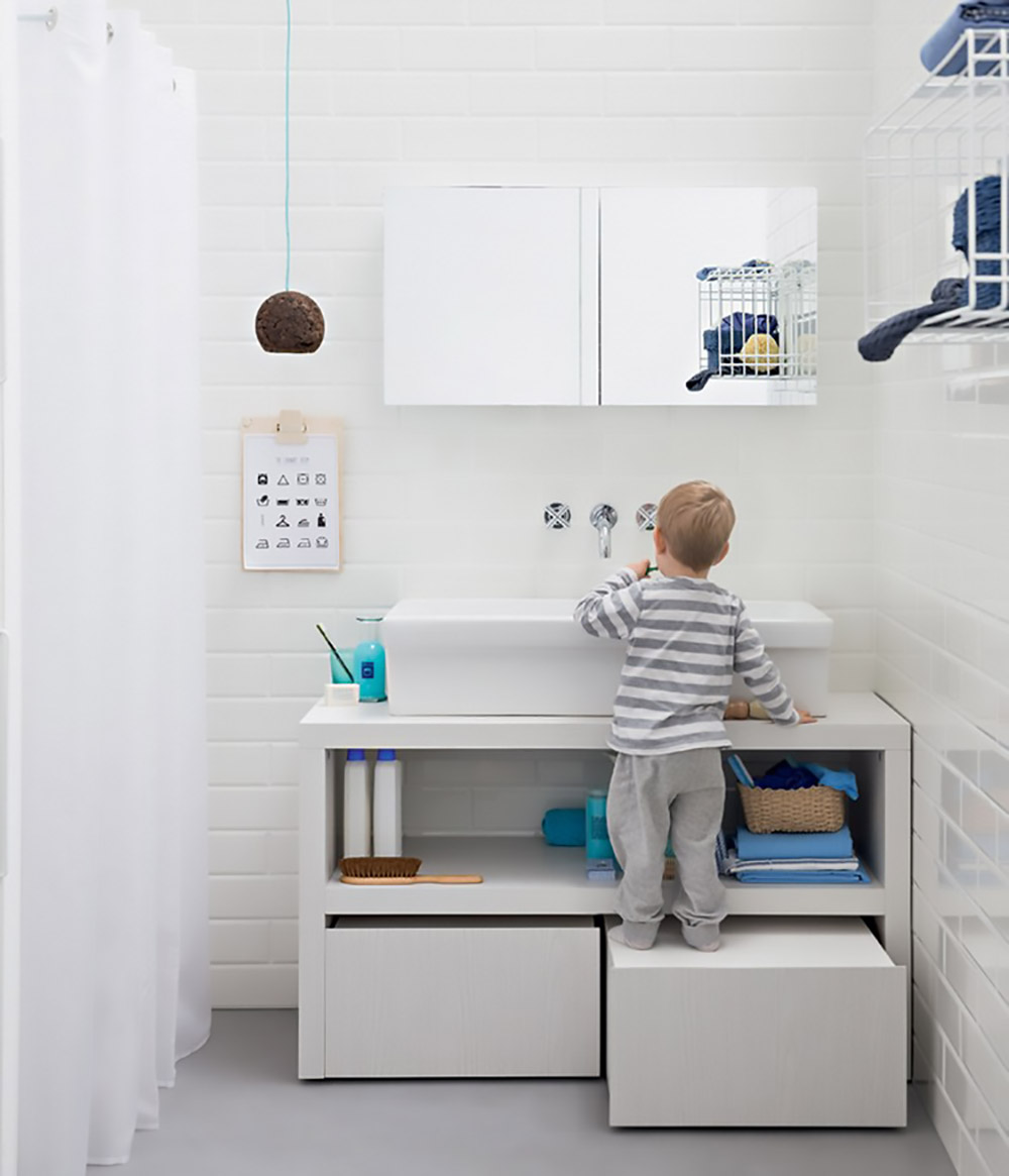 pull out stool in kids bathroom